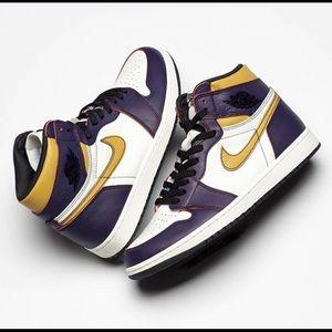 NEVER WORN Nike SB x Jordan 1 - La/Chi size 13